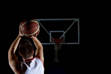 cá cược bóng rổ trực tuyến đông đảo người chơi